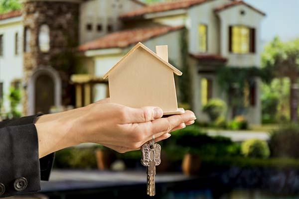 ¿Es rentable vender casas antiguas reformadas?