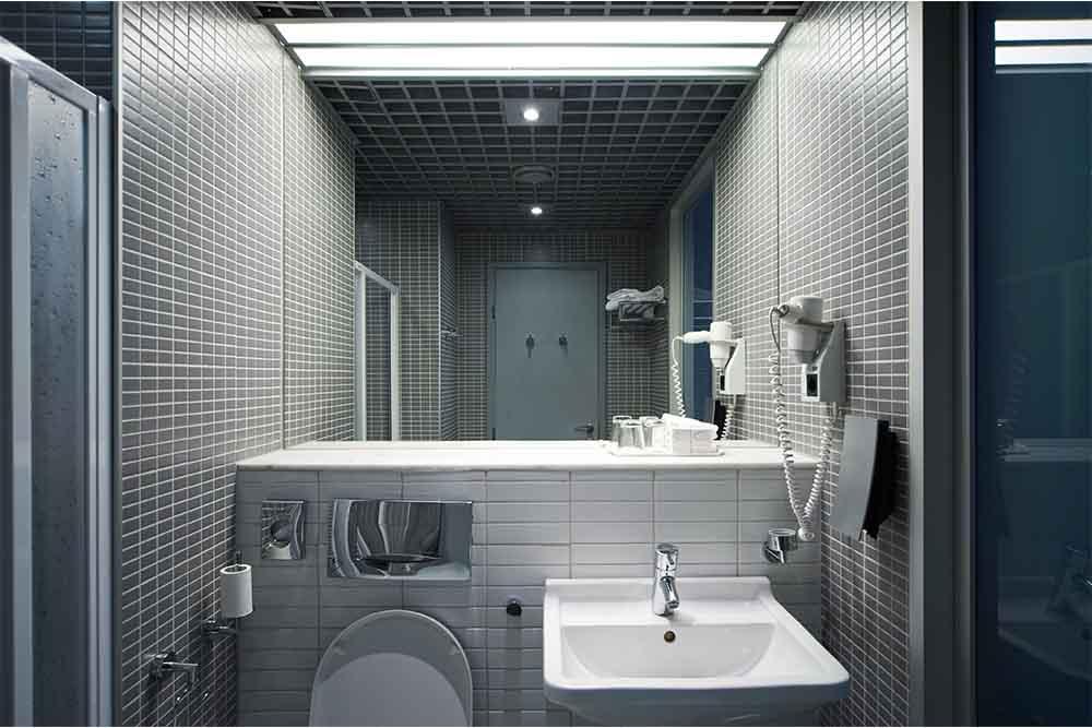 8 ideas para baños pequeños modernos